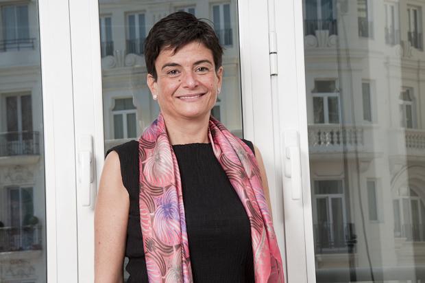 Se presenta el Comité de Arbitraje Societario y Mercantil de AEADE con Antonia Magdaleno como presidenta